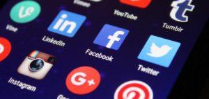 Médias sociaux, gestion communauté, animation